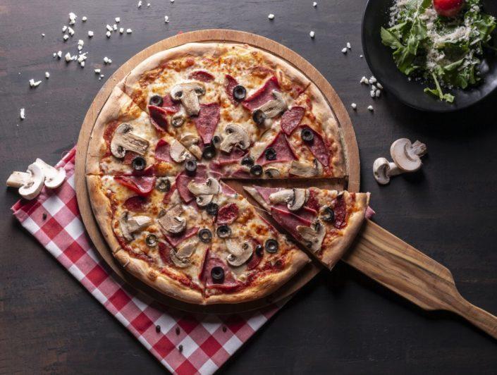 coipizza 1 705x532 - Yemek Fotoğrafçılığı