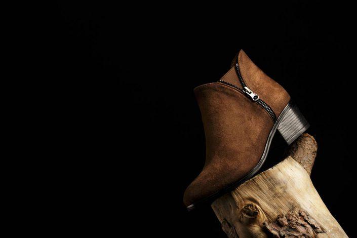 bursa urun cekimi ayakkabi2 705x470 - Ürün Fotoğrafçılığı